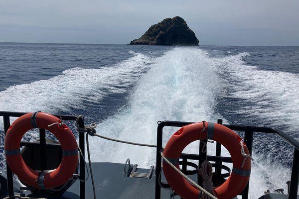Zone de pêche réglementée autour de la fosse sous-marine de Jabuka