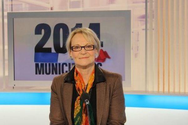 Hélène Mandroux, ancien maire PS de Montpellier, sur le plateau du journal de France 3 - 28 mars 2014.