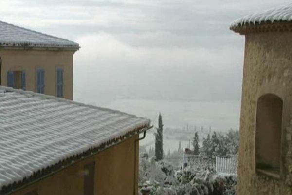 La neige est arrivée en Côte d'Azur.