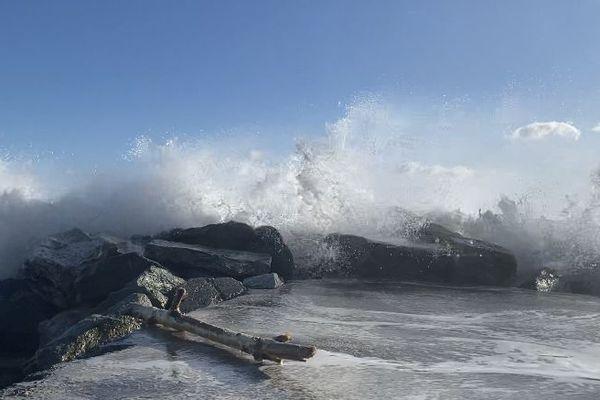 L'alerte vent violent est annoncée jusqu'en milieu d'après-midi, ce samedi 21 novembre.