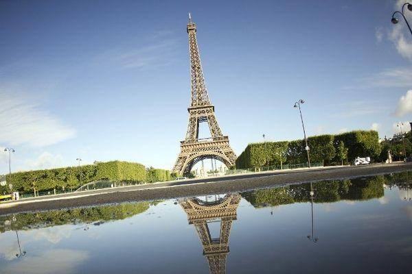 La Tour Eiffel vaut cinq fois plus que le Colisée de Rome