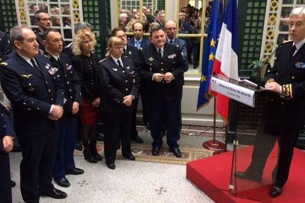 Le préfet de la Gironde, Didier Lallement, lors de sa conférence de presse à Bordeaux.