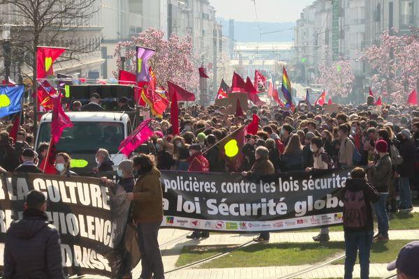A Brest les manifestations en soutien à la culture et contre la loi sécurité globale ont convergé