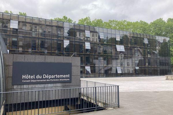 L'hôtel du département des Pyrénées-Atlantiques à Pau.