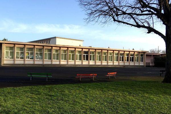 l'école élémentaire Jean Moulin à Caen rouvrira le 12 mai