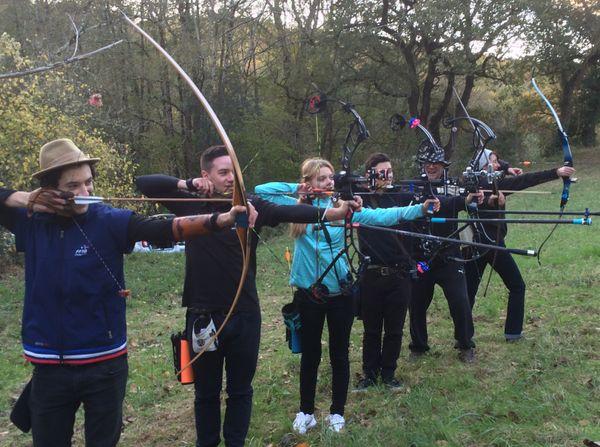 Quelques membres du club graulhétois des Archers du Dadou, tous médaillés. Robin Gardeur, le champion du monde de tir à l'arc sur cibles 3D arbore sa veste de l'équipe de France.