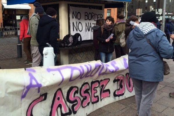 Nouveau rassemblement de soutien aux migrants et aux exilés à Toulouse.