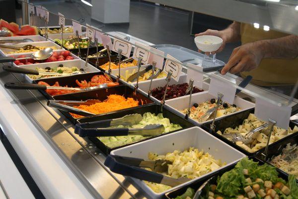 En France 71% des élèves des écoles maternelles et élémentaires ont droit chaque semaine à un menu végétarien (obligatoire ou optionnel) contre seulement 10% il y a deux ans. Source : Greenpeace