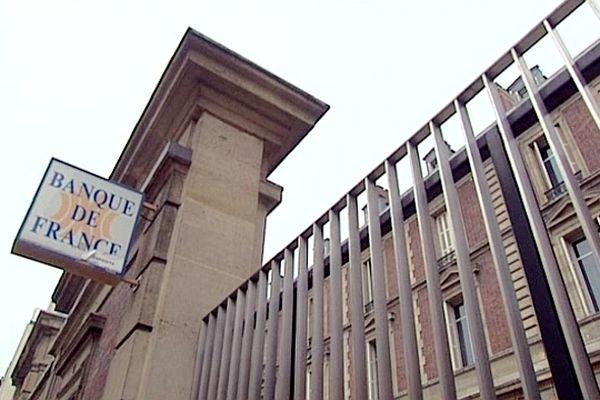 Les salariés de la Banque de France protestent contre des suppressions de postes d'ici 2020.