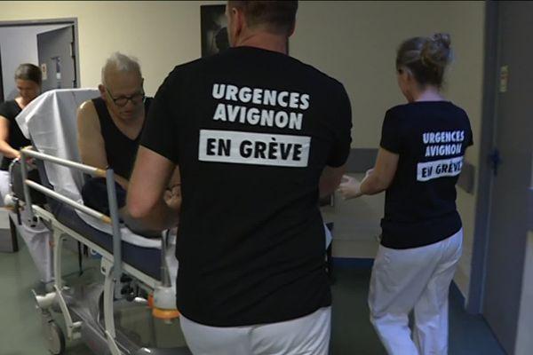Le personnel des urgences adultes du centre hospitalier Henri Duffaut est en grève