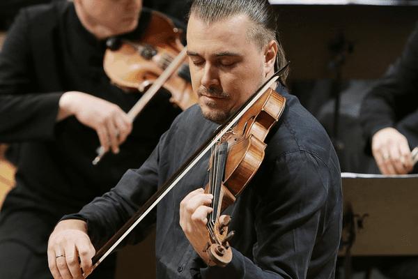 """Dmitry Sinkovsky en clôture du festival d'Ambronay, le 8 octobre, avec """"les 4 saisons"""" d'Antonio Vivaldi."""