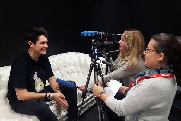 Kungs en interview à l'issue de son set à Nice.