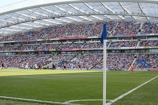 Le nouveau stade de Brighton and Hove inauguré l'an dernier.