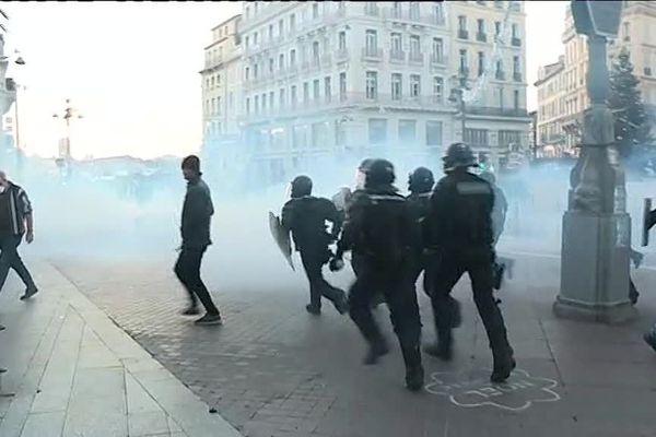 Le samedi 8 décembre a été le samedi de manifestation le plus tendu à Marseille, 42 personnes ont été interpellées.