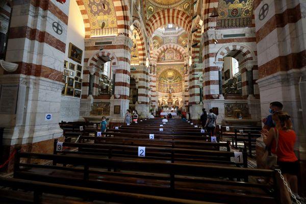 Les cérémonies religieuses seront diffusées en direct sur You Tube à partir du 6 février. Elles se dérouleront à Notre Dame de la Garde à Marseille.