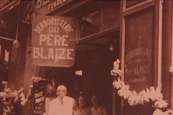 L'herboristerie du Père Blaize a ouvert rue Méolan à Marseille (1er) en 1815.