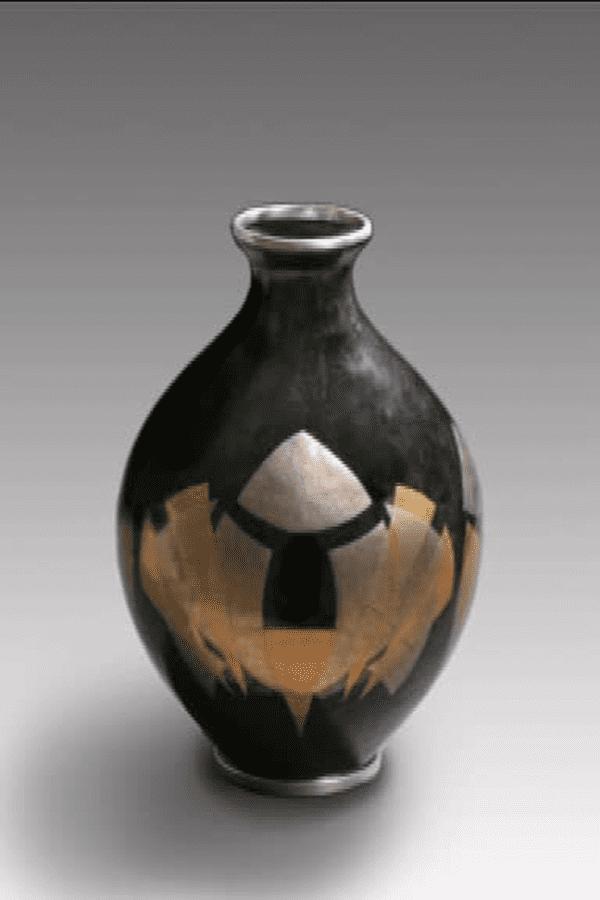 L'un des vases de l'émailleur limougeaud Pierre Christel acheté par le musée national de Pékin