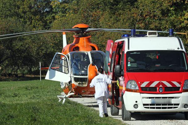 L'hélicoptère du Samu du Haut-Rhin a été dépêché sur place.