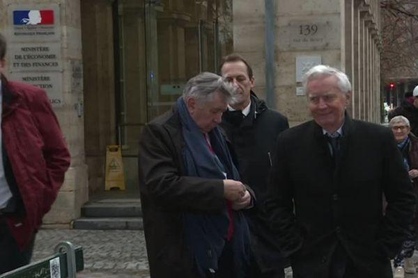 Les élus de la Vienne ont été reçus à Bercy pour évoquer l'avenir du site des Fonderies du Poitou à Ingrandes, près de Châtellerault.