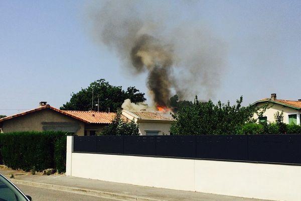 Le feu a pris dans les combles de la maison