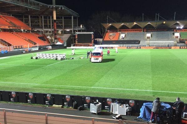 Lorient - C'est après la fin du match, que la rampe chauffante est tombé sur le jardinier