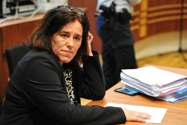 Rosa-Maria Da Cruz risque vingt ans de réclusion pour violences suivies de mutilation ou infirmité permanente sur mineur de 15 ans par ascendant.