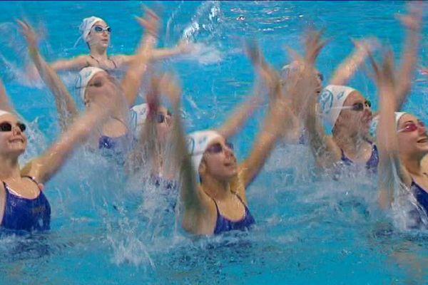 Le natation synchronisée