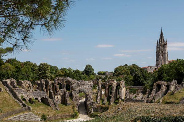 L'amphithéâtre de Saintes nécessite des travaux de restauration et de consolidation.