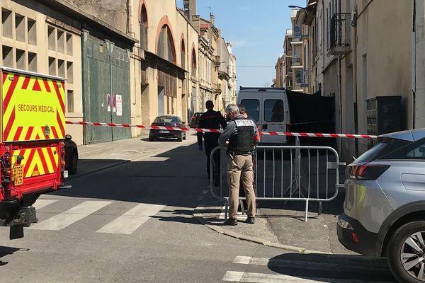 L'assaillant a été arrêté dans cette rue, après avoir tué un passant qui sortait de chez lui.
