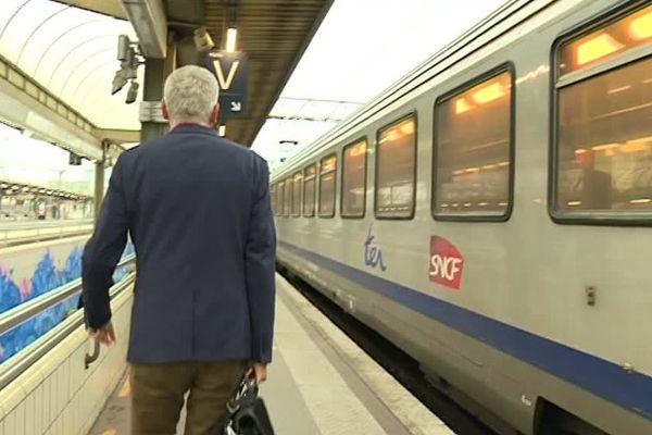 Les navetteurs sont nombreux à faire le trajet en Mâcon et Lyon tous les jours.