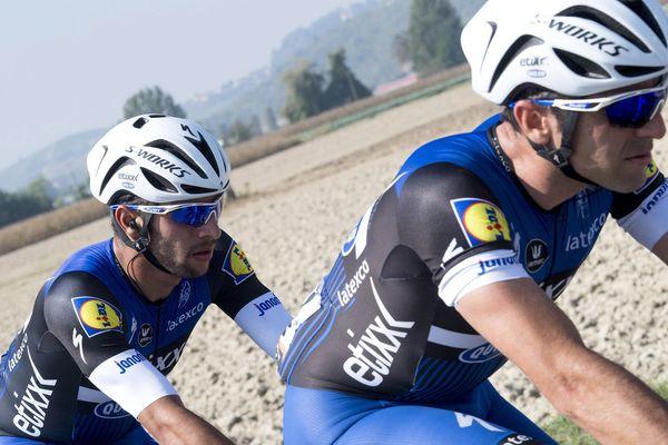 Le Colombien Fernando Gaviria, à gauche, s'est imposé l'an dernier sur Paris-Tours