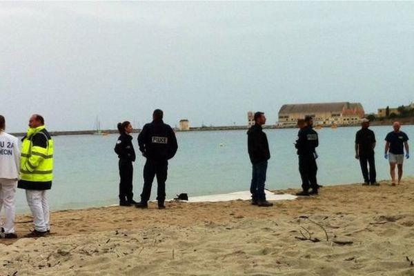 Le corps d'un homme a été découvert ce samedi matin sur cette plage du Ricantu.