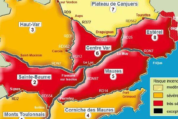 La carte des risques incendie des 9 massifs forestiers du Var pour la journée du 8 juillet 2015