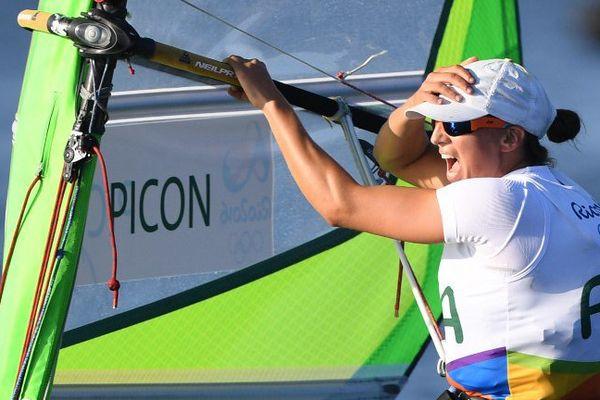 Charline Picon remporte la médaille d'or aux Jeux Olympiques de Rio.