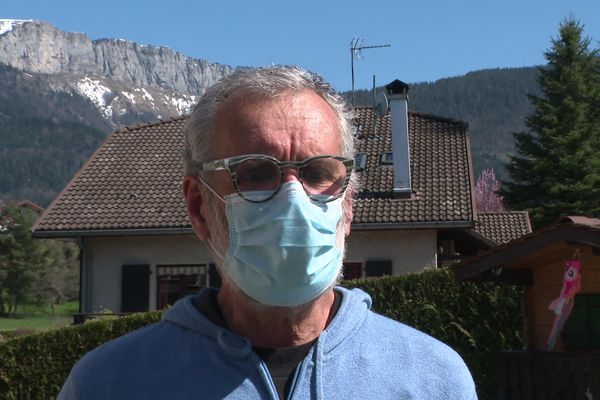 Jean-Luc Crochet, le frère de Joël décédé le 18 mars, après avoir reçu une première injection du vaccin AstraZeneca
