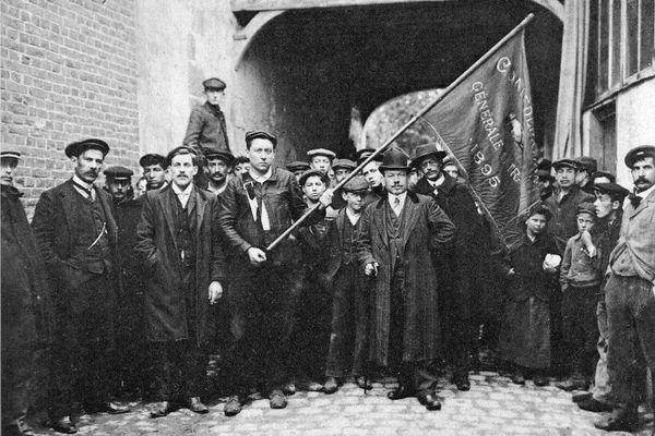 Fondée en 1895, la Confédération générale du travail est devenue en 1906 un acteur de premier plan de la contestation sociale.