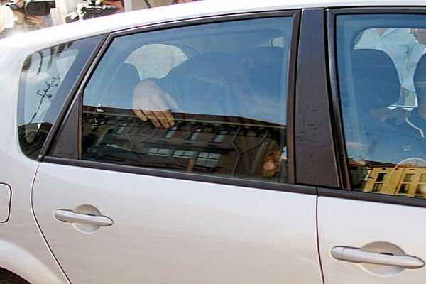 Perpignan - transfert du SRPJ au palais de justice, de Jacques Rançon, accusé du meurtre de Mokhtaria Chaïb ayant avoué les faits - 16 octobre 2014.