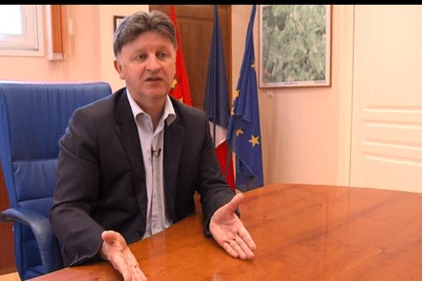 """François Aubey a été déclaré inéligible pour un an parce qu'il avait payé """"de sa poche"""" une partie de ses frais de campagne"""