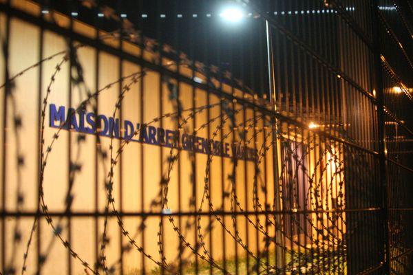L'homme a été sorti de sa cellule par les gardiens de la paix, mardi 24 septembre 2019 dans la soirée.