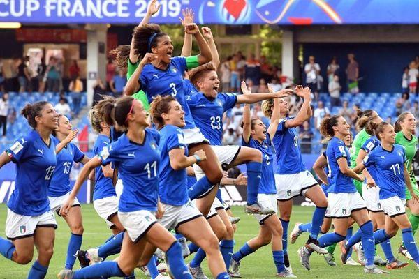 Les italiennes remportent leur place en quarts de finale. / 25 juin, stade de la Mosson, à Montpellier.
