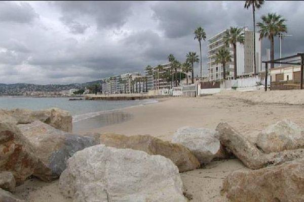 La plage de Juan Les Pins (06)