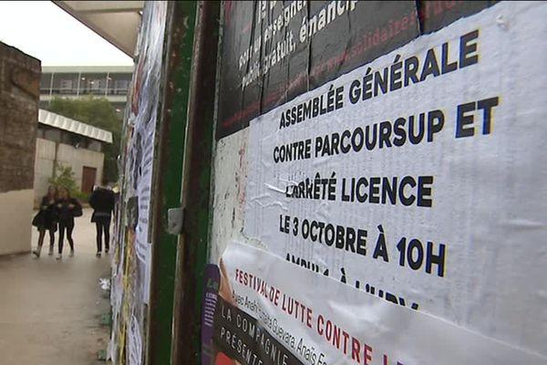 Annonce d'une assemblée générale étudiante à la faculté de Lettres de Montpellier