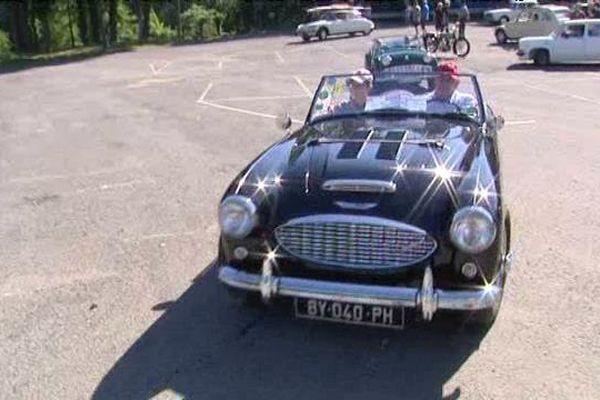 Rassemblées ce dimanche matin à la Bastide à Limoges, les véhicules ont pris la direction de Brives.