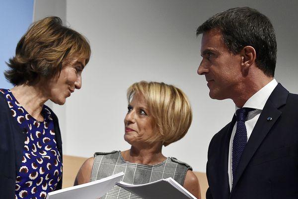 Brigitte Bourguignon (au centre) est candidate au poste de présidente de l'Assemblée Nationale.