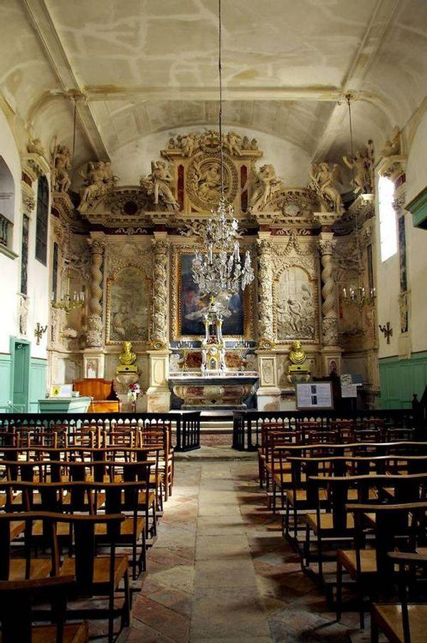 La chapelle des Pénitents Gris d'Aigues-Mortes est classée le 2 septembre 1994 au titre des Monuments Historiques.