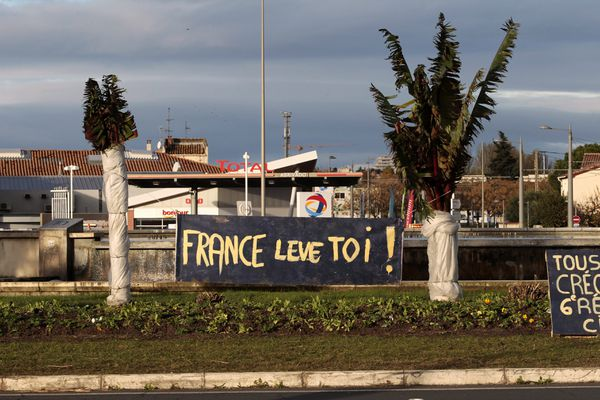 """Le rond-point des Près d'Arènes, la """"place des gilets jaunes"""" à Montpellier et lieu de nombreux rassemblements ces deux dernières années"""