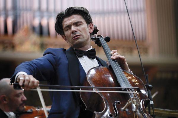 """Le violoncelliste Gautier Capuçon a choisi de se produire dans le village de Chouvigny dans l'Allier le 8 juillet prochain dans le cadre de sa tournée """"Un été en France""""."""