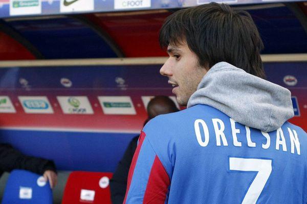 Orelsan, sous les couleurs du Stade Malherbe de Caen en 2012