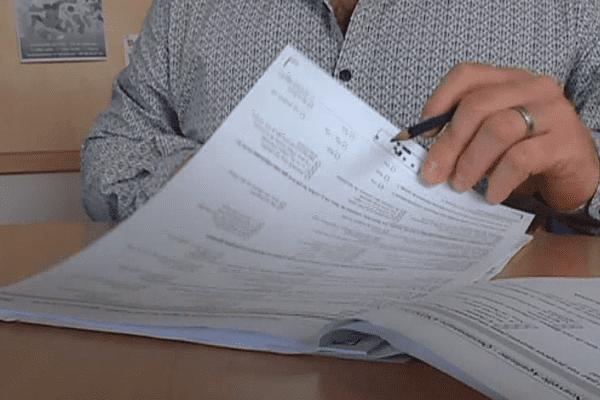Le questionnaire se compose de 120 questions, et prend environ trois quarts d'heure à remplir.