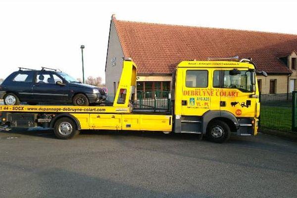 Le véhicule a été placé en fourrière à l'issue d'un deuxième contrôle.